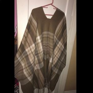 Women's Shawl/Cover up